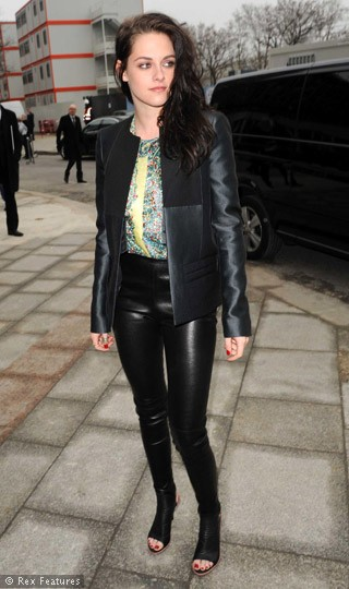 Kristen stewart at paris fashion week 50